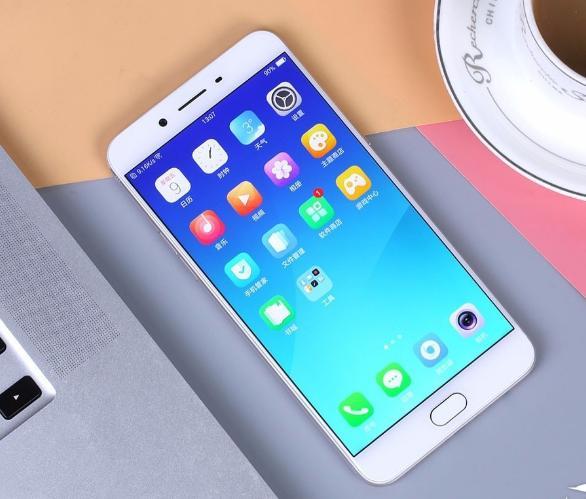 2099 8999元,国产手机品牌中最贵的机型都在这