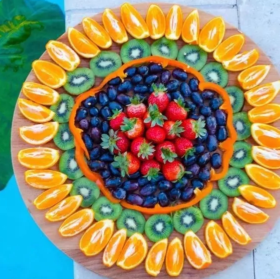 爱漂亮的水果,拼盘后也得把你吃掉