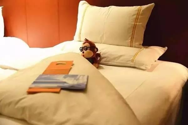 有了夜床服务这项完美技能之后,酒店的格调高上天图片