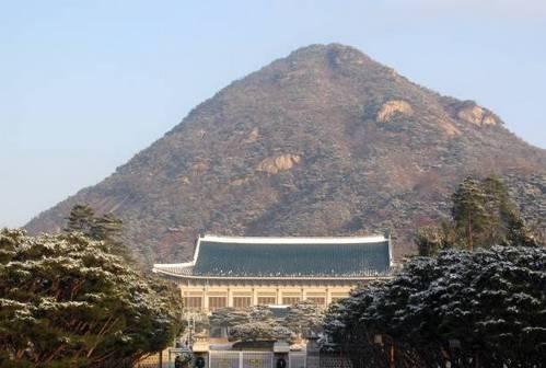 韩国总统为何无一善终?中国风水大师揭开青瓦