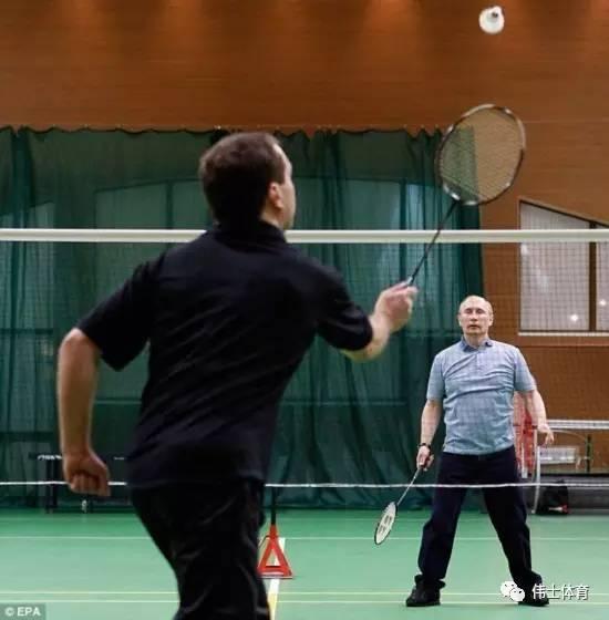 友情提醒:打羽毛球有助于长寿哦【伟士#保健】