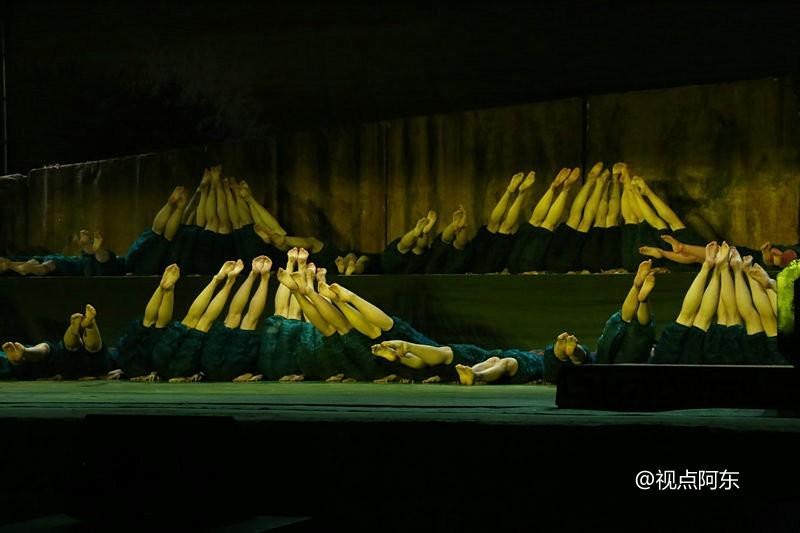 云丘山中和节上演张继钢说唱剧《解放》  故事凄楚动人 - 视点阿东 - 视点阿东
