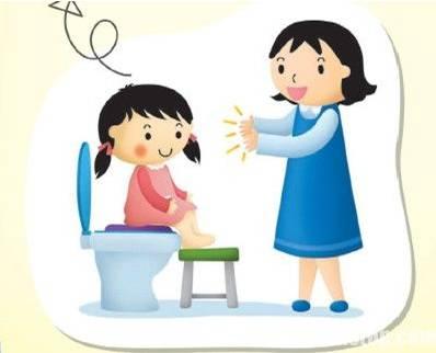 小朋友们都洗好小手准备吃饭.图片