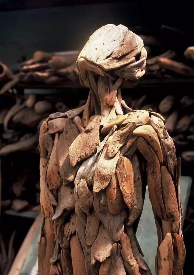 爱人人体艺术裸体_【人体艺术】漂流木