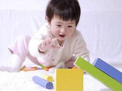 宝宝先天性甲低图片