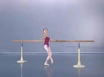 福利,千万别错过了丨戳这里下载【正规芭蕾舞