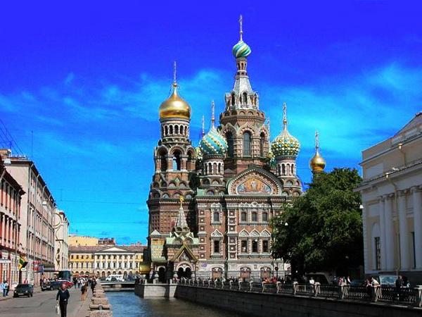 圣彼得堡的gdp和美元_最美的季节去看你 俄罗斯圣彼得堡旅游攻略