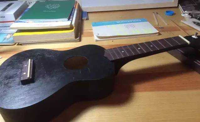 68元定制一把自己的乐器!ukulele尤克里里涂鸦&diy又嚟啦!图片