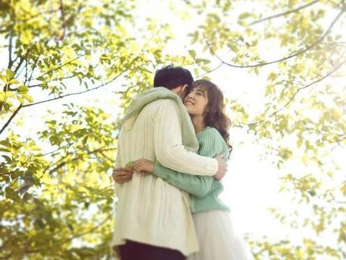 """婚姻需要呵�o,保�r,才能持之以恒,相濡以沫"""""""
