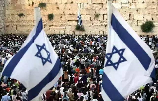 以色列人口是多少_...英(右)表示,以色列人口与香港相若,但科技产品在国际间很