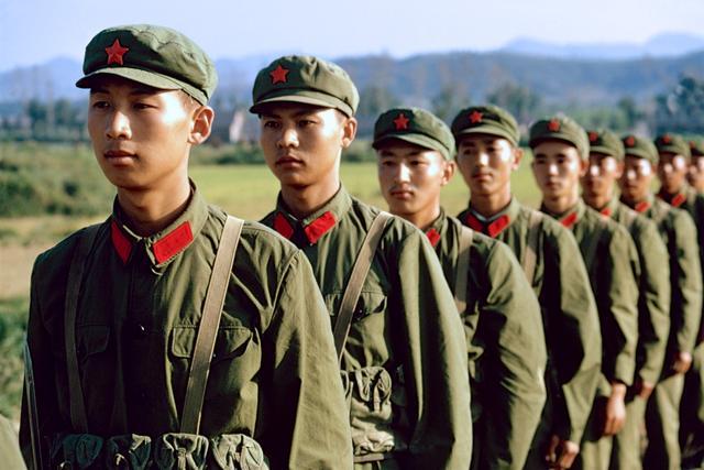 老照片:难忘的红领章 南京军区 1973年