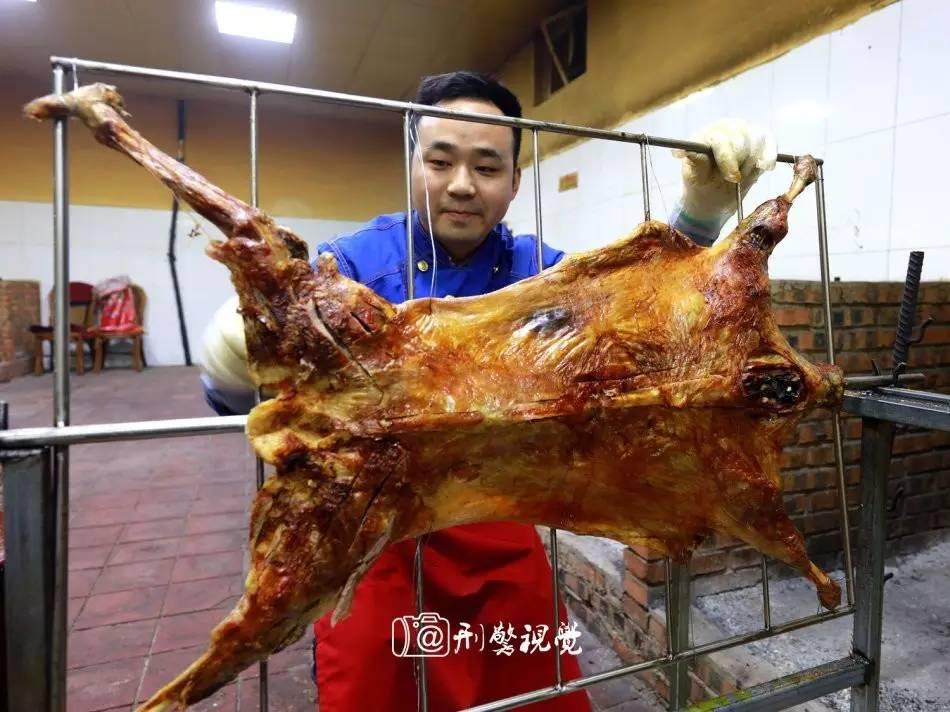 """传说中的宫廷秘传炑羊香烤全羊  影像"""""""