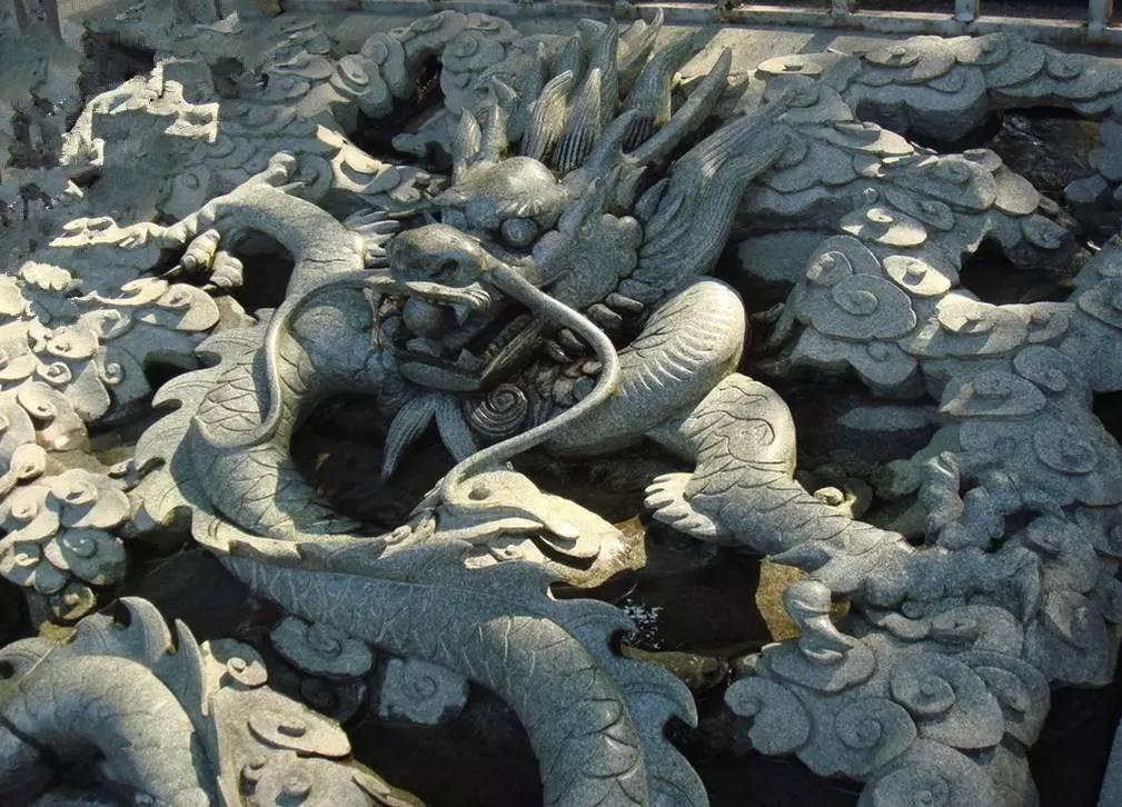 临沧园林景观雕塑制作_临沧园林景观雕塑_龙居雕塑__第一枪