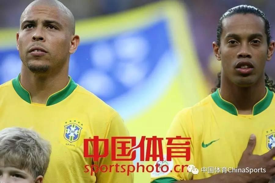 历史上的今天 巴西足球巨星小罗纳尔多出生图片