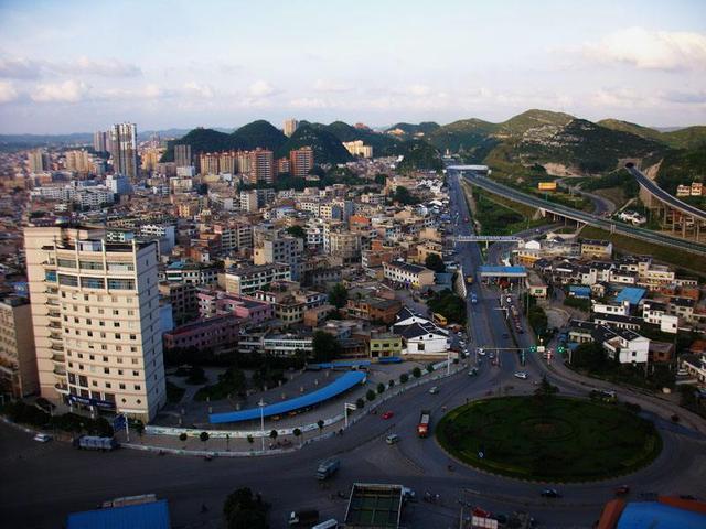 清镇市gdp_清镇市卫城镇图片