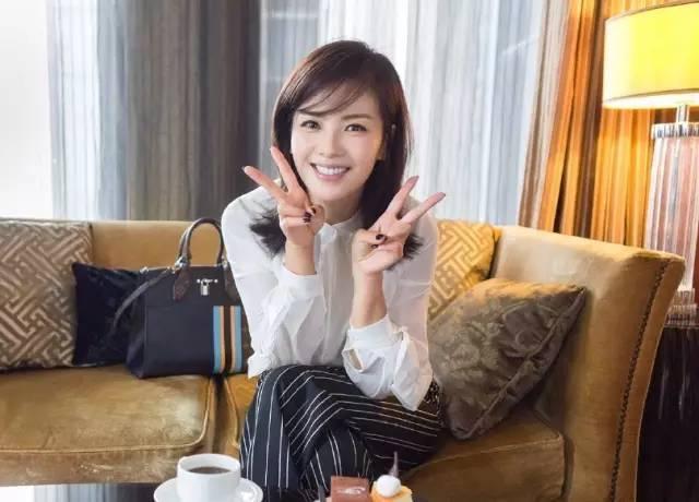 为什么刘涛越活越美?一白遮千丑说的就是她