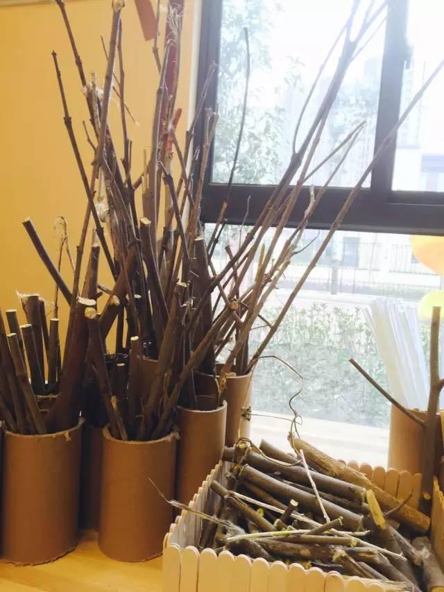 幼儿园环创之美工室布置,感受丰富色彩,幼师参考图片