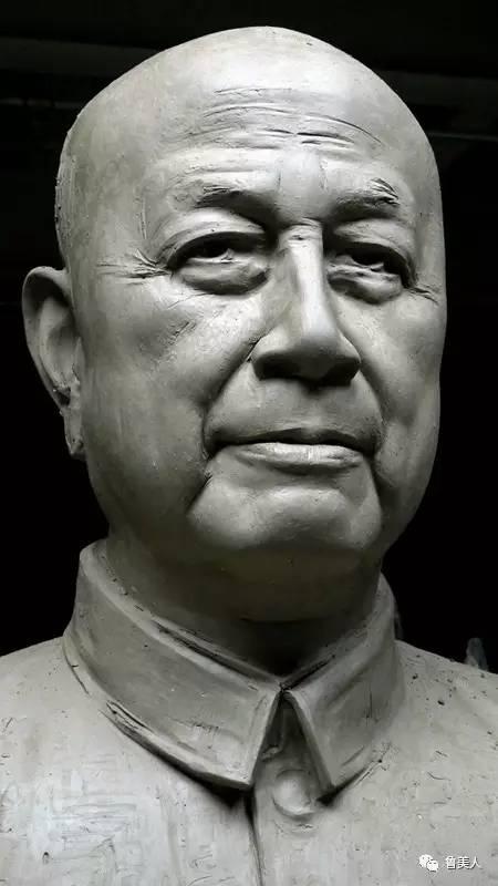 钱学森人物肖像铸铜雕塑