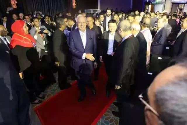 马云去马来西亚宣布了一件事把人家总理高兴坏了