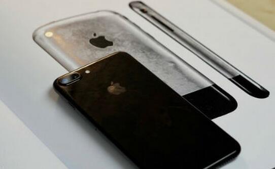 iphone8水滴形外观确定,售价超万元