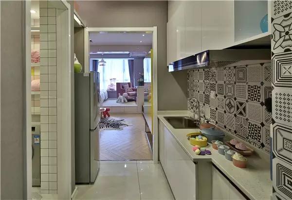 60㎡公寓装修效果图~夸张任性到无可挑剔
