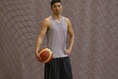 上海全运男篮备战 刘炜又回到最初的起点(图)