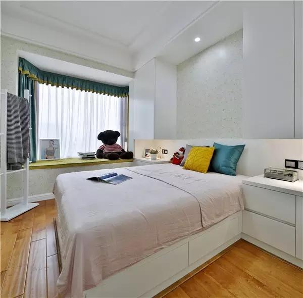95平米两室两厅现代质感简约装修效果图