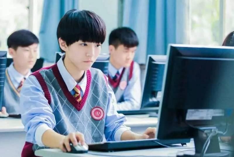 吴磊登上英语试卷,未料王俊凯早已称霸课堂