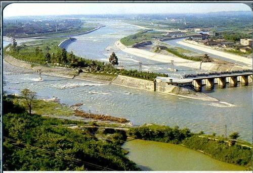 都江堰有多少人口_国庆黄金周要来了 成都这几个近郊地儿可以安排一下
