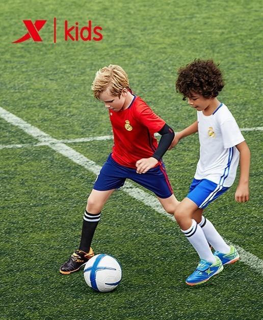 我的足球梦 作文_我的足球梦作文_作文我的足球梦