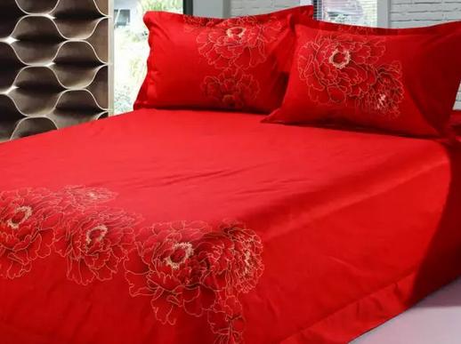 睡什么颜色的床单不易生病运气好?这可是风水大忌