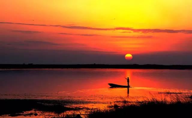 古典吉他 萨克斯 古筝近十种乐器 演奏 渔舟唱晚 ,各有韵味