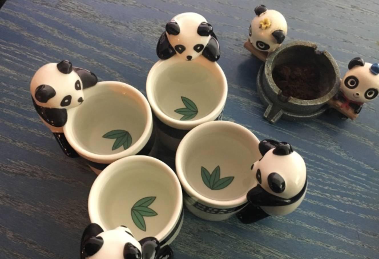 幼儿园熊猫主题餐厅