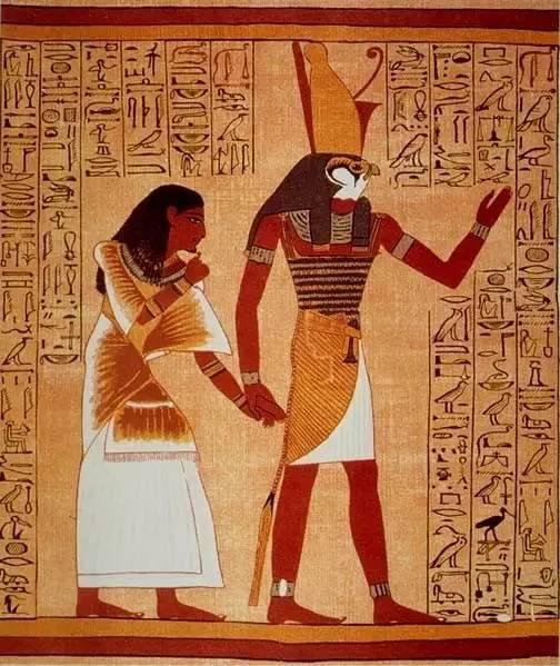 在古埃及神话中,鹰头人身的荷鲁斯神是法老的守护神,手持法杖和神图片