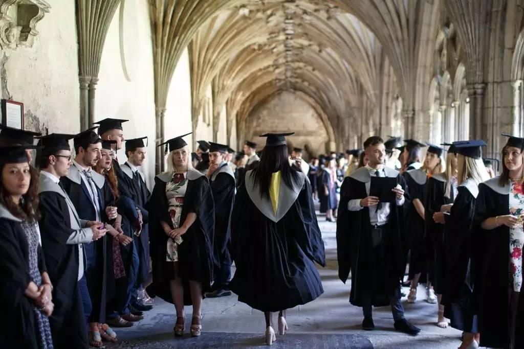 你和dream school的距离,只差这份英国研究生申请指南