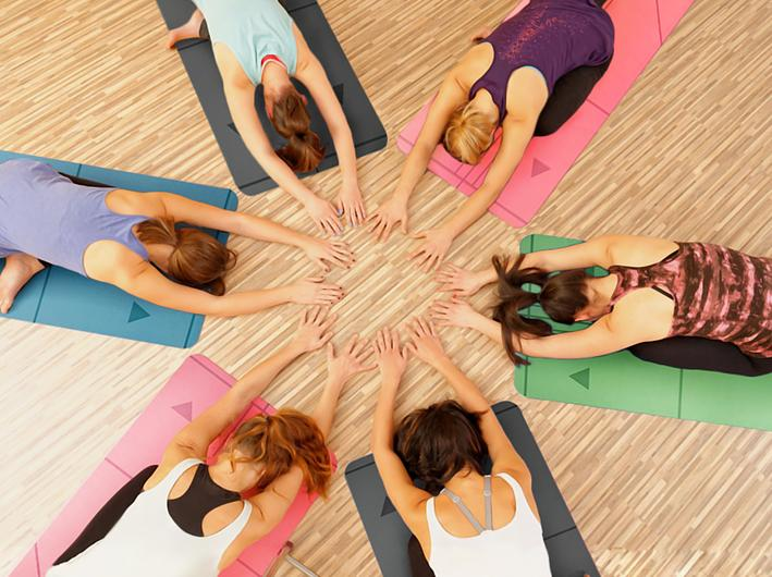 Atmananda风靡瑜伽界,是如何成为瑜伽大咖的最爱
