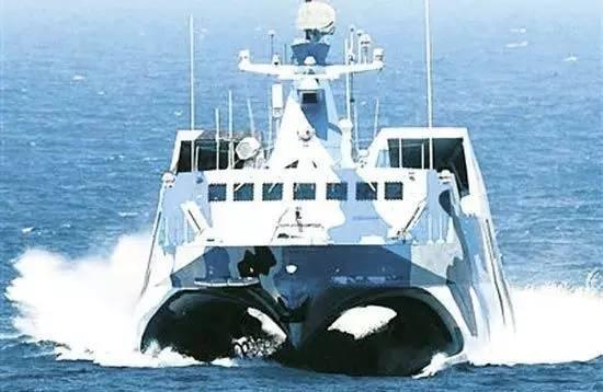 中国外形最科幻的舰艇:022型导弹艇