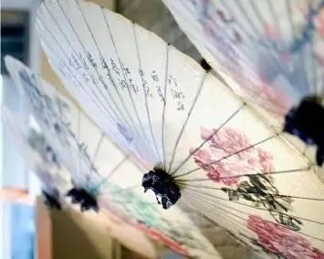 碧彻红轩柳争翠 —手绘油纸伞活动开始招募啦!