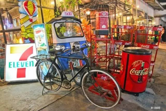 曼谷最好玩的跳蚤市场和最好吃的夜市,都在这里了~