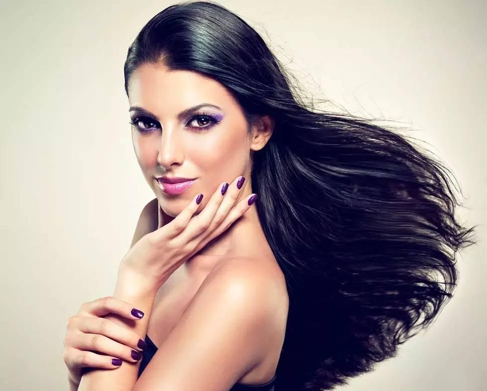 洗头切记不要用指甲挠头皮,细数洗头发的这些误区!图片