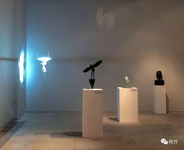 天使当代抽象人物人体雕塑