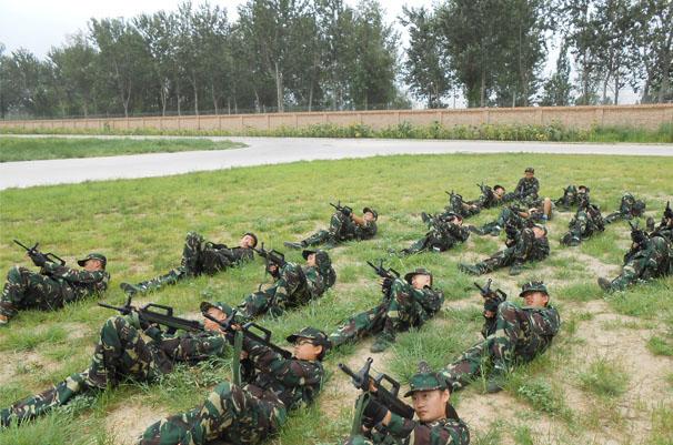 军事训练营_第十届中国青少年军事训练营
