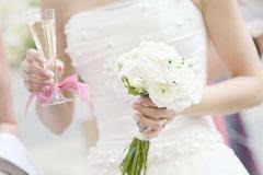 奶瓶思维:我凭什么选择被孩子和家庭绑架的婚姻