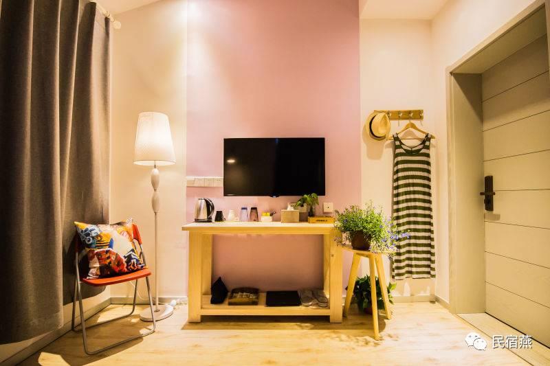 家居起居室设计装修800_533广告对比产品设计图图片