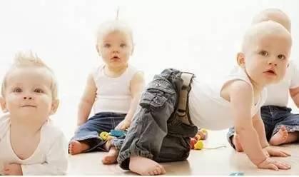 的年龄段,生长发育有不同特征.孕期、幼儿期,上小学、初中、高中图片