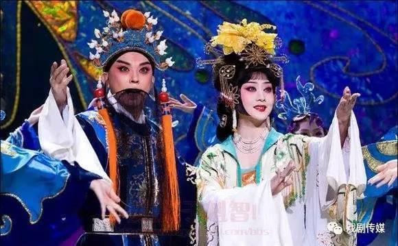 欣赏| 京剧《大唐贵妃·梨花颂》李胜素,于魁智