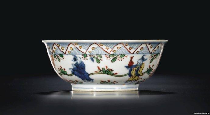 000 - 700,000-北京保利瓷器专场拍卖 明清官窑瓷器起拍价过千万