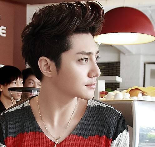 男生短发发型设计 展现最帅气一面图片