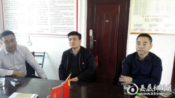 """刘志刚到渡头塘镇督查""""两项督导评估考核""""迎检工作"""