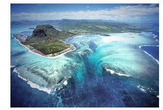 真实存在的无底洞,三万吨水都找不到它的出口